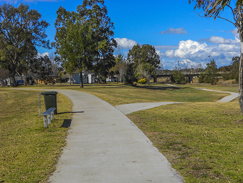 Path to Sinclair Park - Inverell